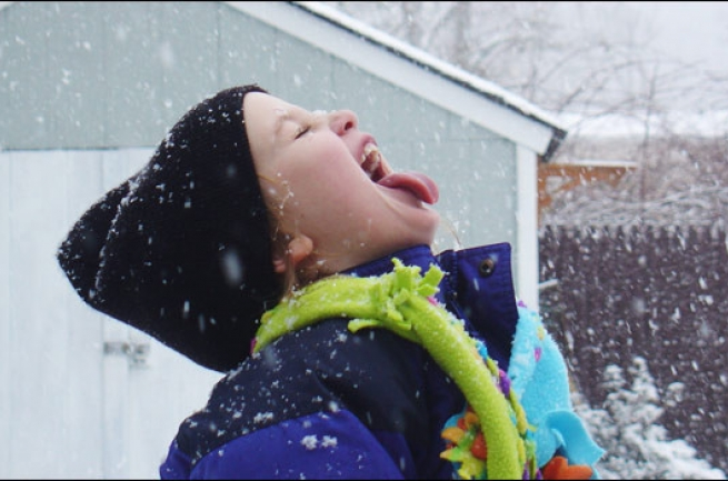 dete-na-snegu